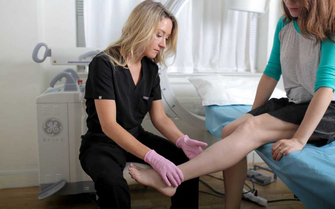 Vein Clinic in River Oaks Answers Questions About Minimally Invasive Varicose Vein Treatments